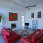 Modern 2 Bedroom Holiday House